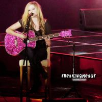 Avril  . by freakingmeout