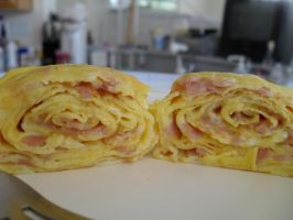 Omelette Roll: Ham and Cheese by DusksLight