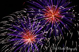 Fireworks 92 by DalePhotography