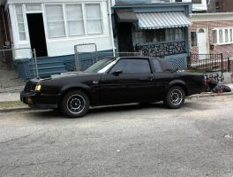 My dad's Buick Grand National by Chernandez2020