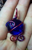 red and blue pendant by xXHallowHeartXx