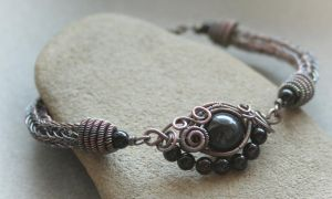 Eye of the Storm - bracelet by Bodza
