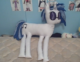 Life Sized Vinyl Scratch by PlushBuddies