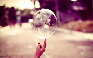 wallpaper bubble :D by Analaurasam