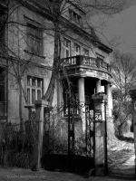 scared residence by Isaabel