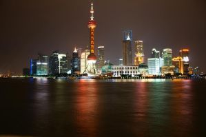 Pudong by night by Heurchon