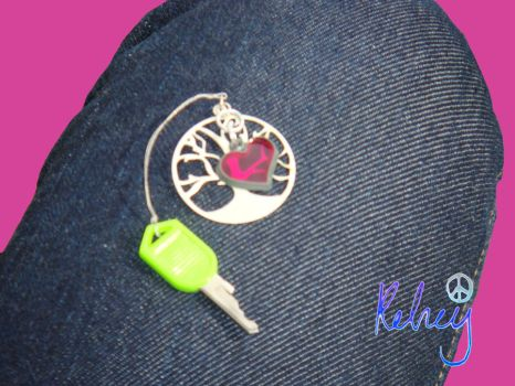 Heart and Tree Key Chain by kels070105