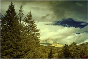 Highland Mountain by neoxavier