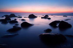 The rocks on the beach by LinsenSchuss