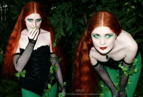 Poison Ivy cosplay by viridianstars