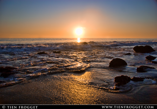 Crystal Cove Sunset by tienlove