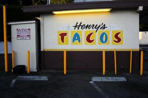 Henry's Tacos by makepictures