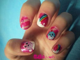 Cupcakes Nails by KiraSTFD