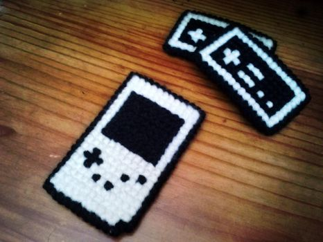 Nintendo Gameboy Stitch Craft by nintentofu