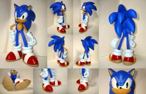 sonic figure by shoppaaaa