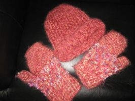 hat and glove set  sorbet by peaceocake