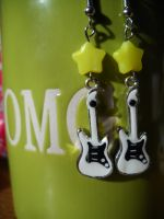 Rock star earrings by FinsternisSan