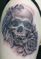 black and grey skull by michaelbrito