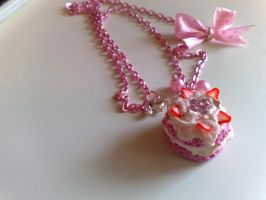 Strawberries Cake Necklace by PinkCakes