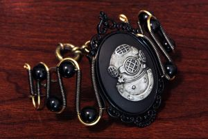 Steampunk Goth Jewelry - Bracelet - Deep Sea Diver by CatherinetteRings