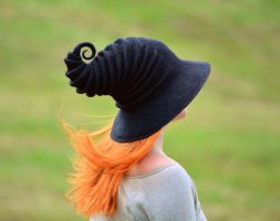 The Classic Black Witch's Hat by HandiCraftKate