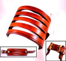 Slashed Leather buckle cuff by Skinz-N-Hydez