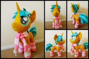 Another Glitter Shell by LumenGlace