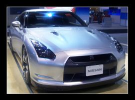 Nissan GT-R by Bl4ck-and-wh1te