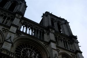 Notre Dame III by Lookalive-sunshine
