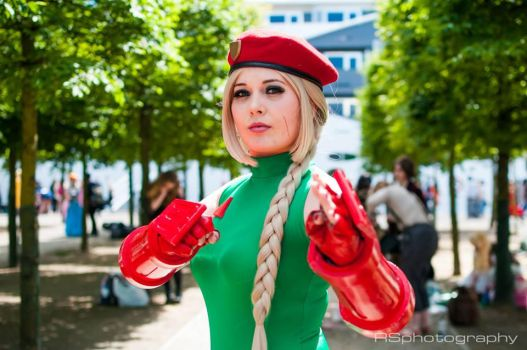 Cammy White Cosplay by GraceyDarling
