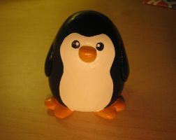 Ceramix Penguin 3 by chiefhoohaha