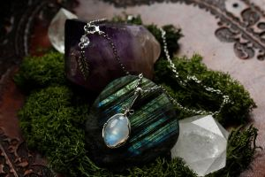 wire wrapped rainbow moonstone pendant by linyphia
