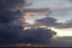 Heavy clouds by HCeee