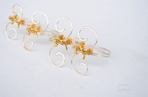 Wire napkin rings by IanirasArtifacts
