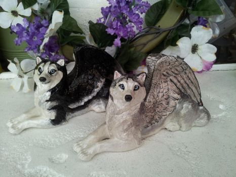 Husky Pair Windstone Wolves by Eviecats