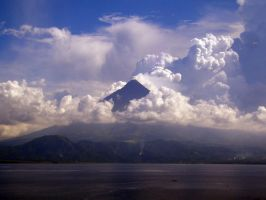 Mayon Volacano diff angle by Didaemus