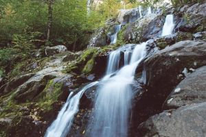 Falls in Shenandoah by Syagria