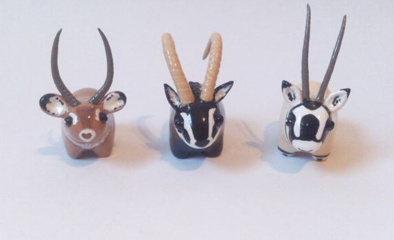 My miniature safari: antelopes and waterbuck by RoOsaTejp