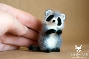 Another miniature raccoon by SaniAmaniCrafts