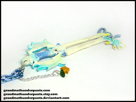 Oathkeeper Keyblade Necklace by GrandmaThunderpants