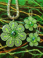 Grand Glory Green Flower Pendant and Earring Set by bonnyblueflag