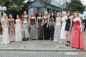 corset ladies by Svea-JillCzech