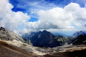 another pic form the Zugspitze by eiskaltes-haendchen