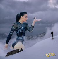 The Snowqueen by GIANTESS-X