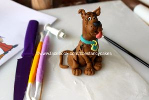 Scooby Doo Cake Topper by zoesfancycakes