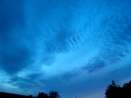Rippling sky by Ripplin