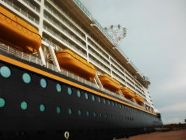 Disney Dream 13 CXV by LDFranklin