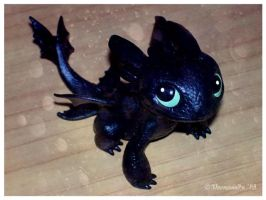 Cute Toothless by Veemonsito
