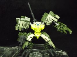 Autobot Guzzle, tough as nails by forever-at-peace