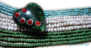 Heart Of Borneo by motemanikabeads